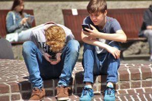 Niños y vacaciones de internet