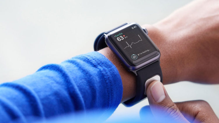 Apple Watch mide frecuencia cardíaca