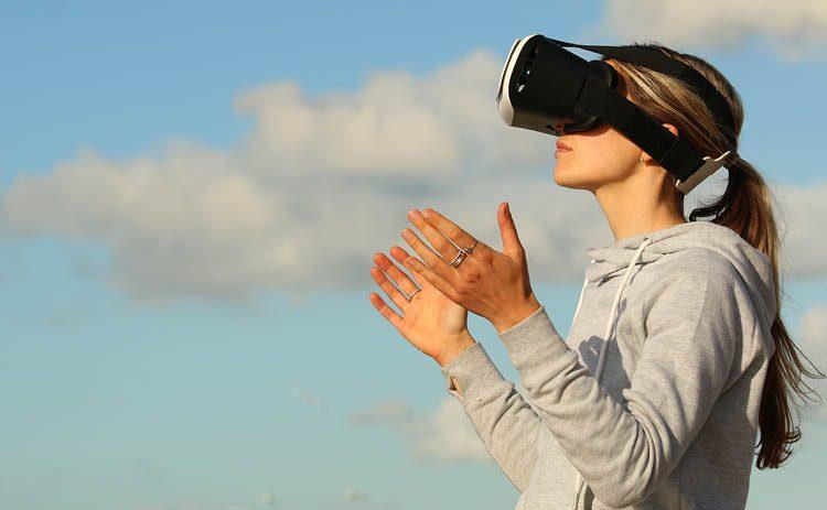 324b675bbd0a7 La Realidad Virtual y la Realidad Aumentada son un buen complemento para  personas que sufren dolor de cualquier tipo